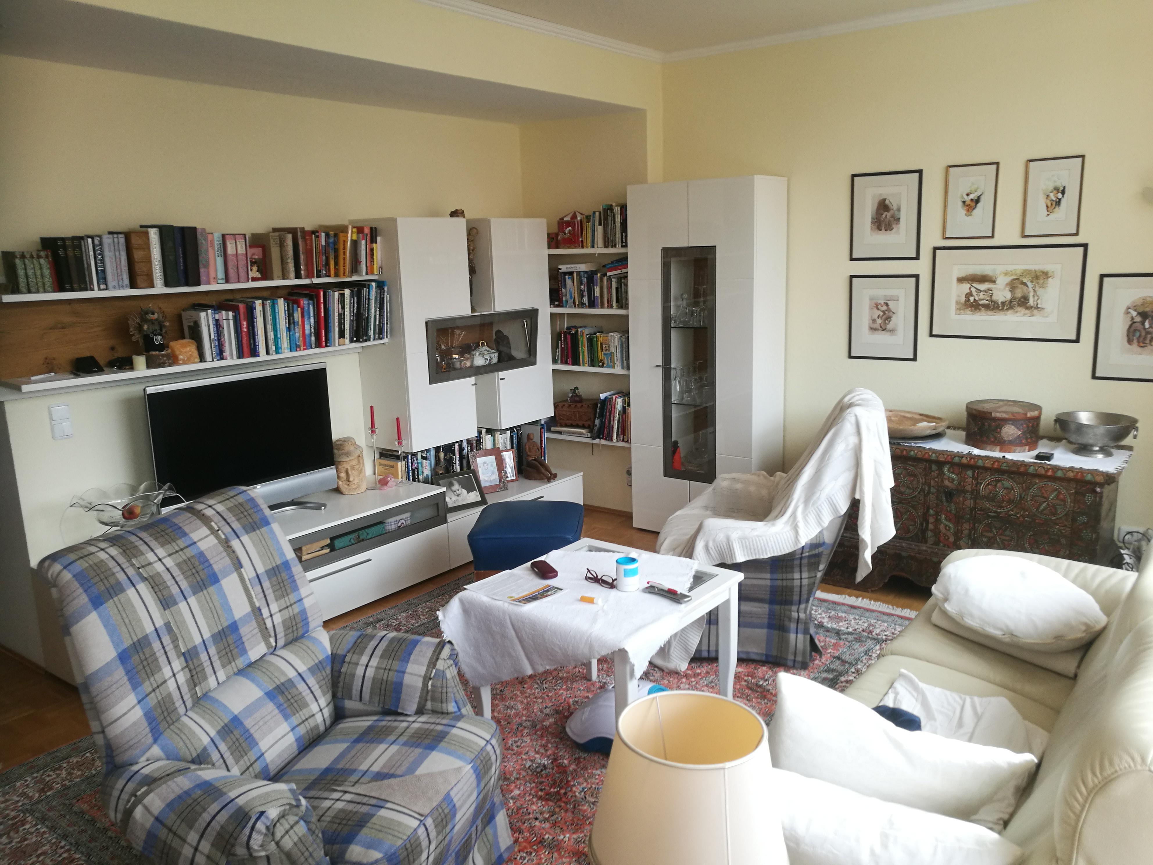 badreichenhallwohnzimmer petrovic immobilien international. Black Bedroom Furniture Sets. Home Design Ideas
